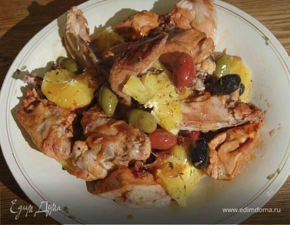 Курица с апельсинами и оливками