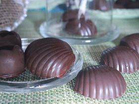 Шоколадные конфеты с нутом и цукатами