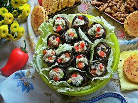 «Язычки» из баклажана с двумя видами сыра