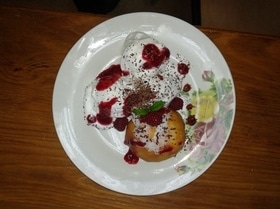 Десерт «Персик Мельба»