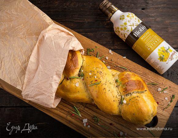 Соленая коса с сыром и беконом