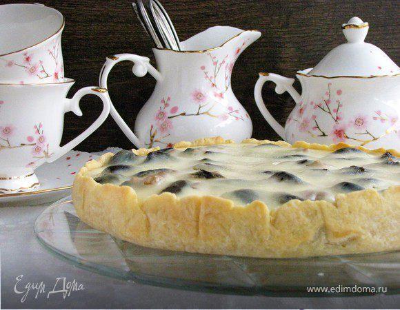 Пирог с черносливом в сметанной заливке | рецепт с фото
