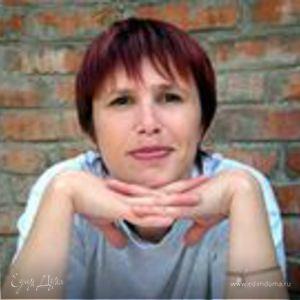 Юлия Кухарь
