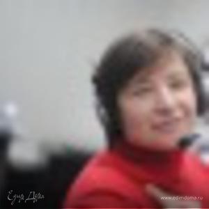 Елена Солдатова