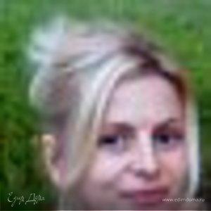 Ольга Корнеева (Савостикова)