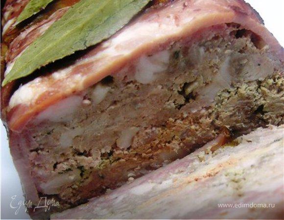 Террин из свинины, говядины и ветчины