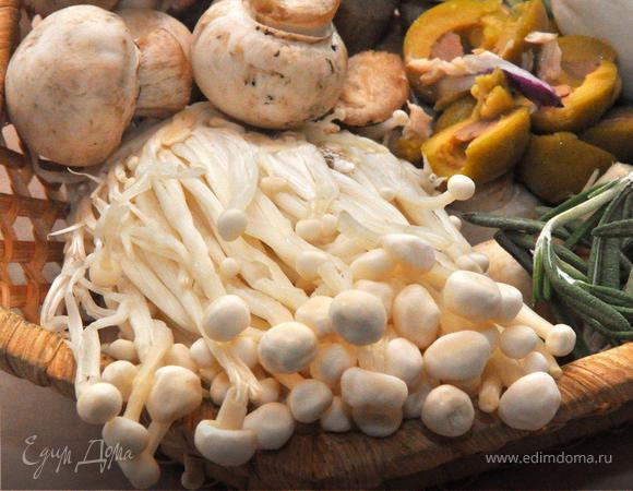 Кальцоне с грибами и моцареллой (Calzone Funghi e Mozzarella)