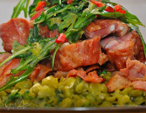 Жаркое из копченой свинины с горохом (Spezzatino Di Maiale Con Piselli)