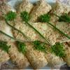 Закусочные рулетики с рыбой в ореховой панировке