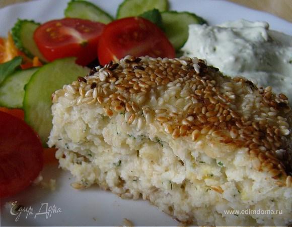 Рыбные котлеты с соусом из сыра с голубой плесенью