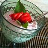 Легкий творожный крем-десерт с клубникой и мятой!