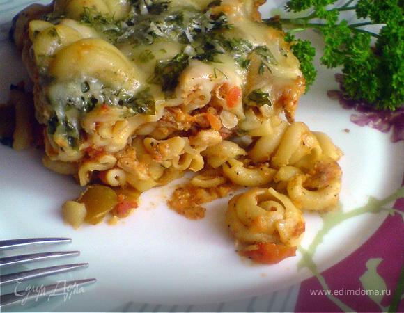 Макаронная запеканка с овощами и курицей