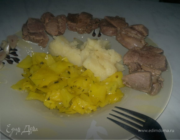 Индийский обед ( бедро индейки + острая капуста и оригинальное пюре )
