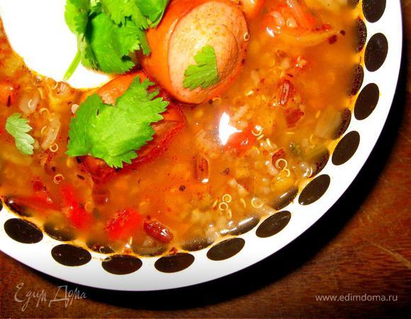 «На скорую руку» - Суп из киноа с острой колбасой, Чикен кейки с розовым соусом, Оливковый пай с яблоком.