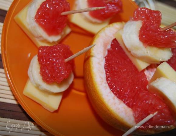 Закуска Grapechees