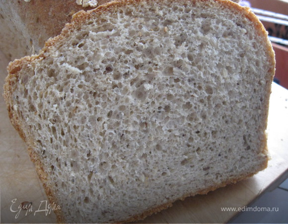Овсяно-ржаной хлеб на пиве с семечками.