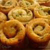 Булочки с чесноком,сыром и пряными травами