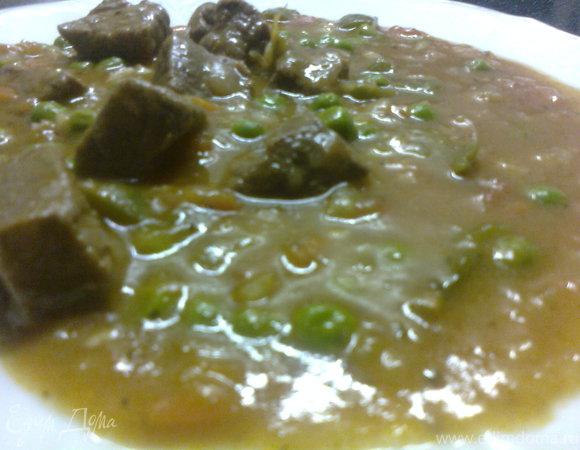 Телятина с горошком и зеленым перцем