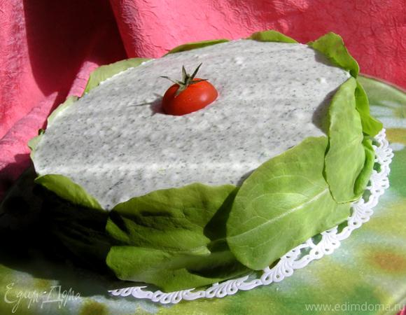 Торт-мусс с курицей, шпинатом и черри