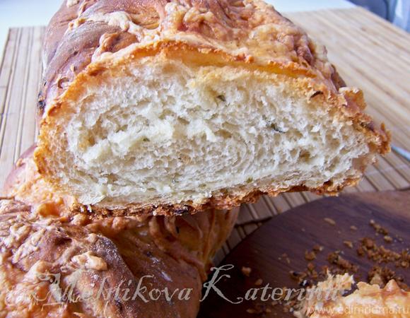 Сырно-луковый домашний хлеб