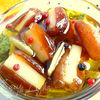 Финики, фаршированные сыром Эмменталь в пряном соусе