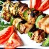 Сувлаки из свинины с соусом цацики