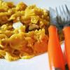 Морковные фарфалле с курицей