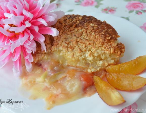 Пирог-коблер со сливовой начинкой