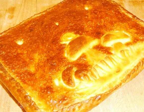 Пирог с опятами и рисом
