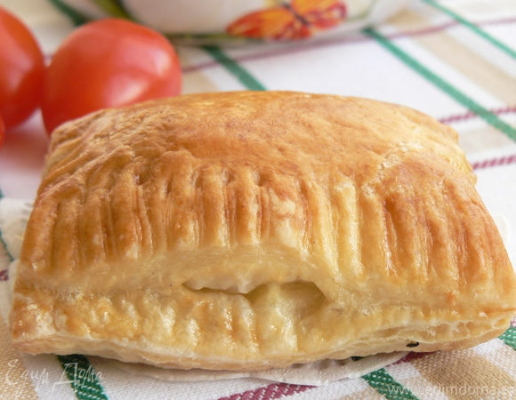 Бурекас с картошкой и сыром