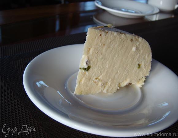 Домашний яичный сыр с зеленью