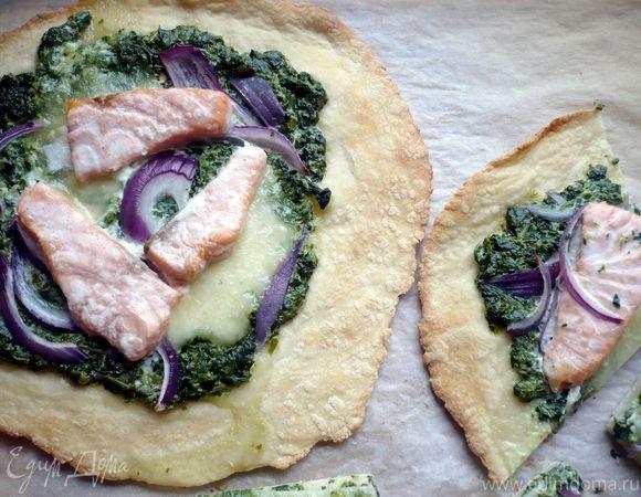 Тарт с семгой и шпинатом «Цветы за окном»