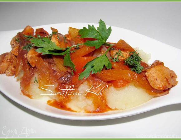 Острое куриное филе в пикантном соусе
