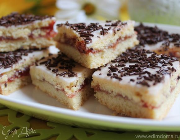 Печенье с малиновым вареньем