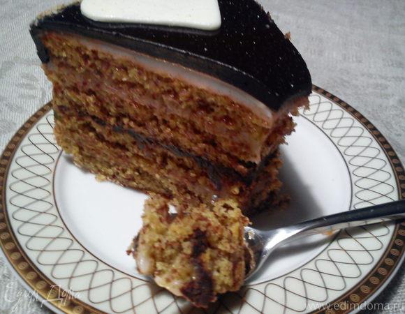 """Миндальный торт из книги """"О вкусной и здоровой пище"""" с современными нотками"""