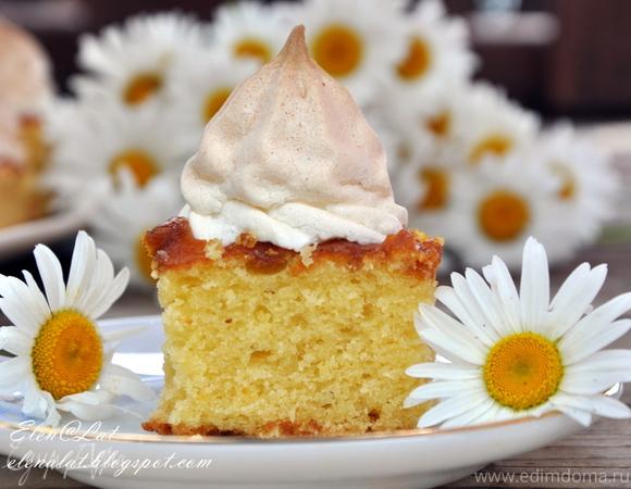 Пирог с абрикосовым джемом и безе