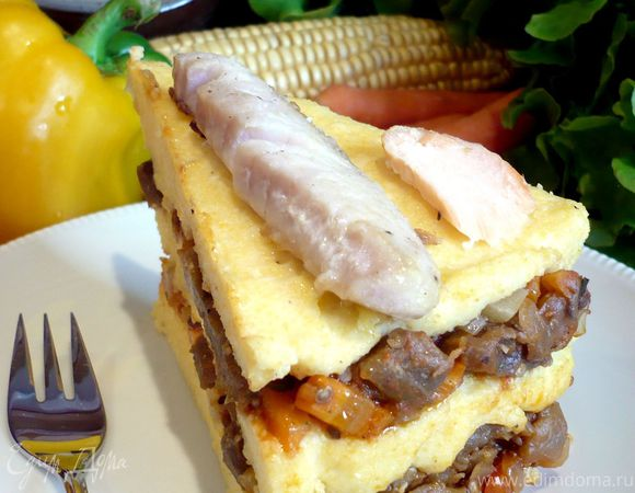 Торт из поленты и овощного рагу «Солнечный корабль»
