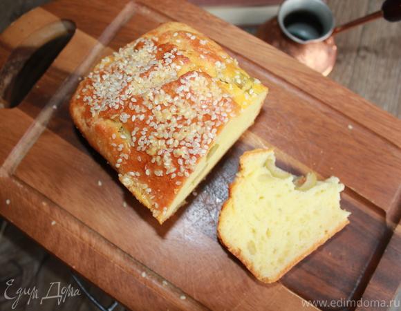 Закусочный кекс с оливками и сыром Джюгас