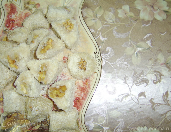 Иранская сладость Баслог