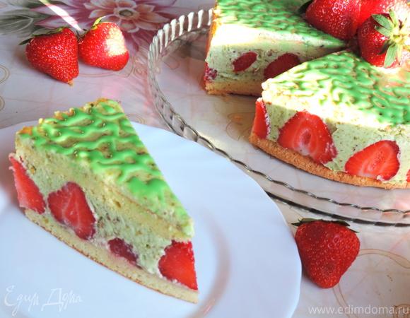 """Клубничный торт с фисташковым кремом """"Фрезье"""" («Fraisier»)"""