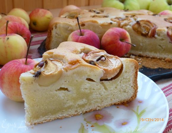 Пирог из дачных яблочек