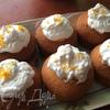 Апельсиново-имбирные капкейки с тыквенным сабайоном