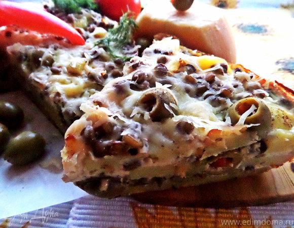 Фриттата с картофелем, чечевицей и оливками