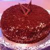 Шоколадный торт с маракуйей и безе