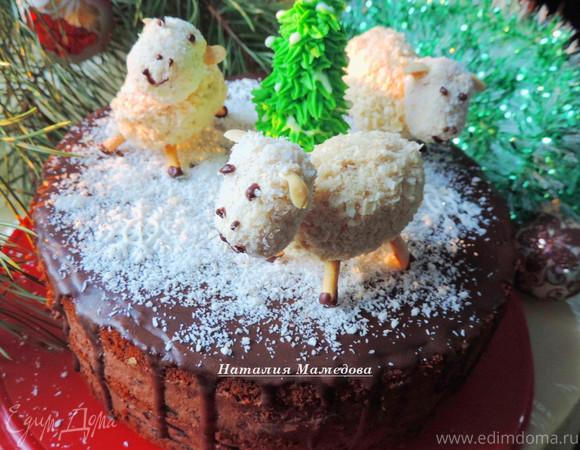 """Медовый торт с черносливом и шоколадом """"Веселый хоровод"""""""