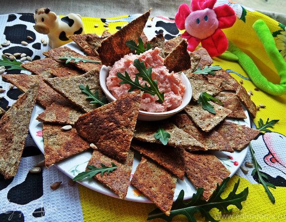 Зерновые луковые чипсы