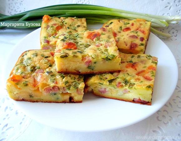 Пирог с ветчиной, сыром и зеленым луком