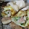 Роллы с яичных блинчиков с курицей и салатом