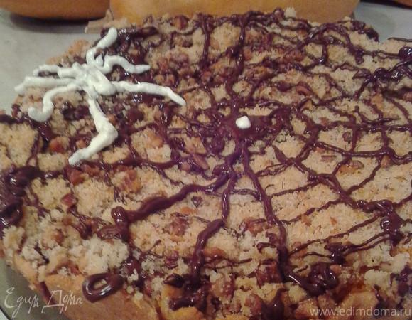 Пирог с тыквой и сгущёнкой под штрейзельной крошкой