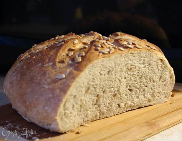Пшенично-ржаной хлеб с семечками